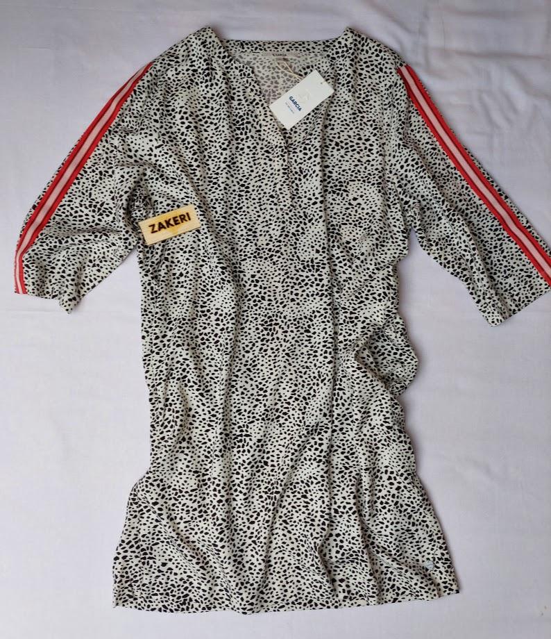 Šaty černo-bílé Garcia 2